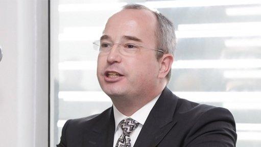Dr Ulrich Stoll