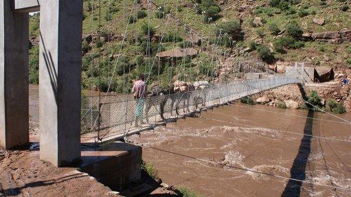 R8m bridge earns community-development kudos
