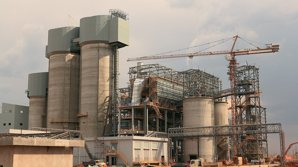 DELMAS PLANT Kendal power station is only 35 km from Delmas, thereby reducing the transportation costs of the raw material required to produce the cement