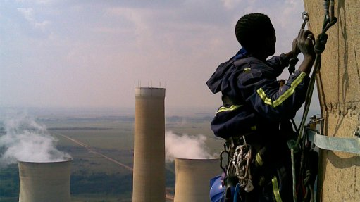 HIGH CONSTRUCTION Skyriders Access Specialists perform various scopes of work at state-owned and private power stations
