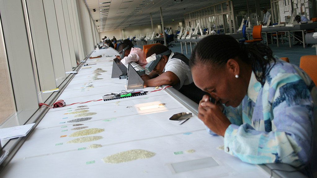SORTERS PREPARING FOR SIGHTS Half of those employed at the De Beers Global Sightholder Sales division are Botswana citizens, which further supports the country's downstream diamonds industry