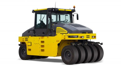 New pneumatic-tyred asphalt roller popular  in South African market