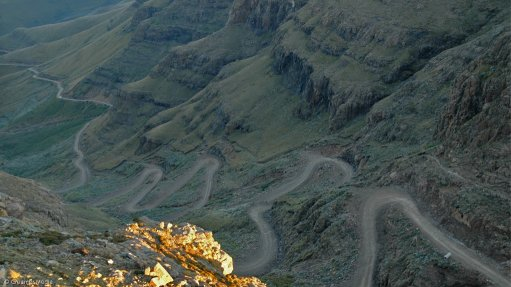 R887m tarring of Sani Pass road receives Ministerial nod
