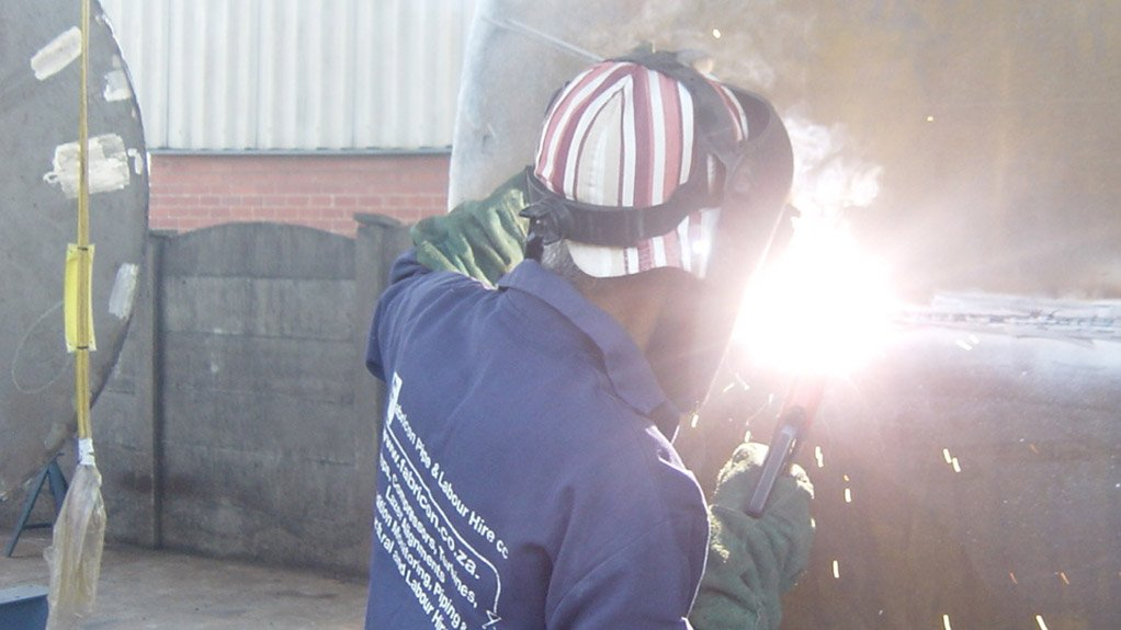 ENSURING SUFFICIENT SKILLS Fabricon bought Kim's Welding School, as it recognised the importance of having a sufficient supply of skilled welders