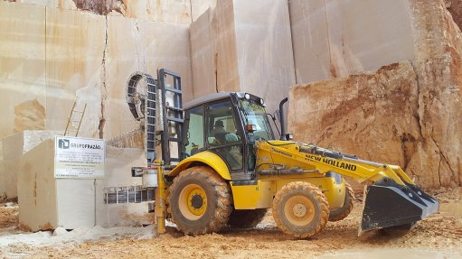Equipment manufacturer launches new backhoe loader