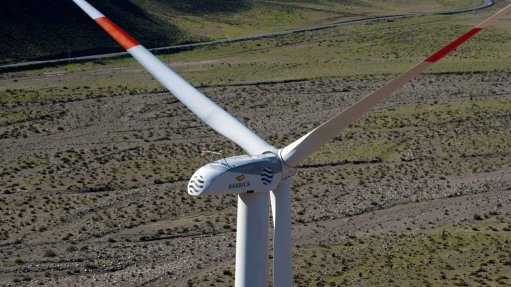 Renewable-energy projects compete for capital in low-price milieu