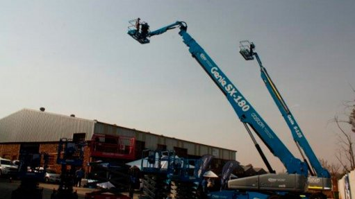 Transportation simplified with versatile telescopic boom