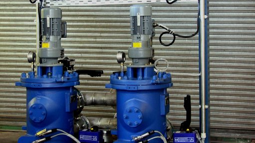 Filter unit supports pump system