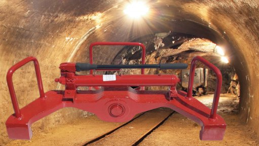 Simple, robust hydraulic equipment for tough tasks