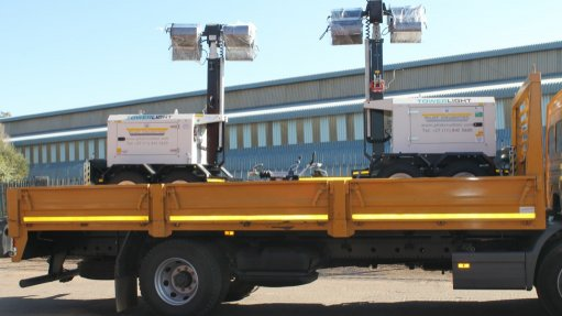 Miner adds mobile light towers to existing fleet