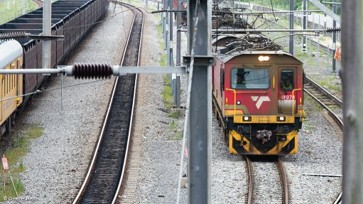 State rail company invests in track management