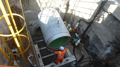 MICRO-TUNNEL INSTALLATION The micro-tunnel is the first of its kind in sub-Sahara Africa