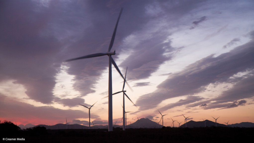 Global wind generation capacity grows by record 44% in 2014
