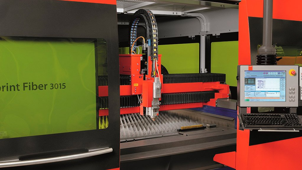 POWER LURE The majority of the fibre lasers delivered to South African companies include fibre laser systems that range from 2 kW to 6 kW