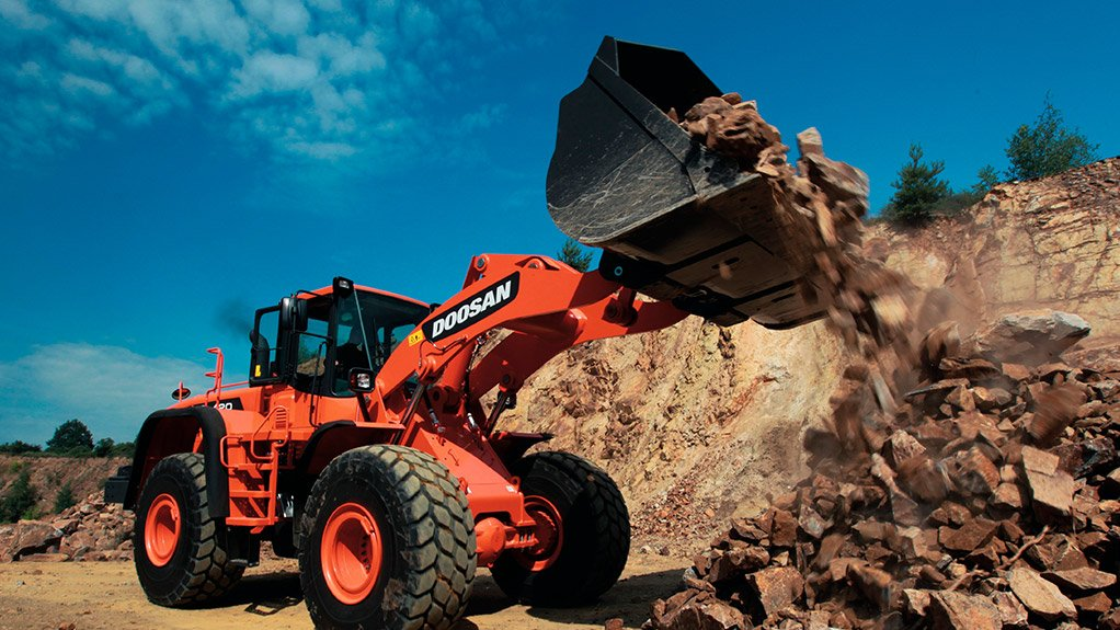 TIPPING POINT The Doosan DL420A unit features enhanced tipping-load capacities and can handle, load and transport diverse materials