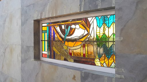 Stained glass in modern architecture on the rise