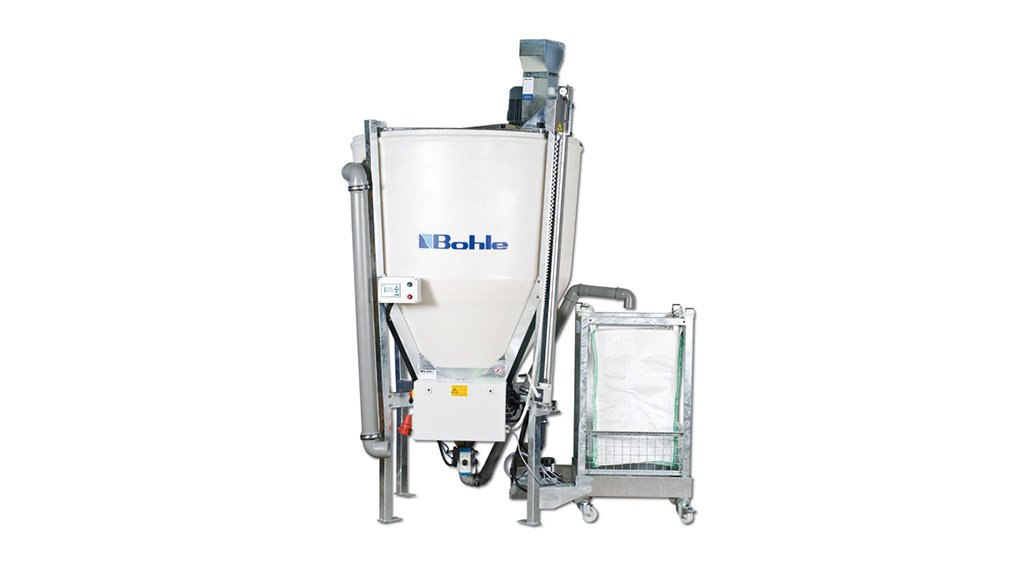 WATER-CLEANING MACHINE Bohle released its first sedimentor machine onto the South African market in 2008