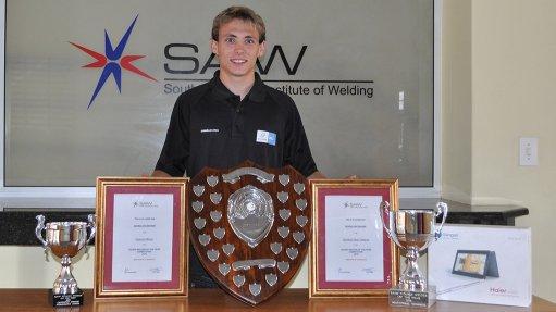JACO VAN DEVENTER Van Deventer is Steinmuller Africa's first apprentice to have been awarded the Young Welder of the Year Award