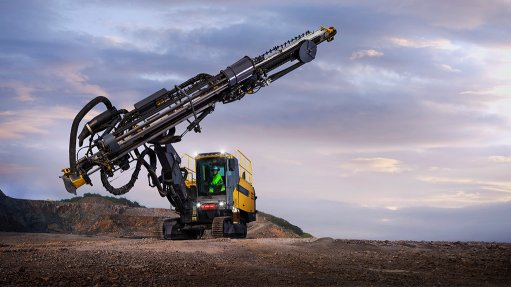 Fuel-efficient blasthole drill rig can drill larger holes