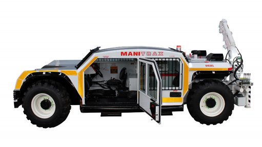 UNDERGROUND TRACTOR The ManiTrax 35 t tow tractor is capable of hauling, towing and transporting equipment, tools, skids and tanks in underground mine applications