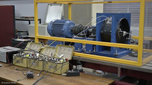 BREAKING BOUNDARIES The signal processing technique has achieved several recorded and verified successes on a laboratory-scale turbomachine blade-vibration test setup