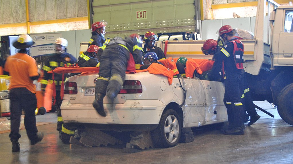 RESCUE CHALLENGES The SAESI 2015 training component includes various challenges during which emergency management services personnel can compete individually or as a tea