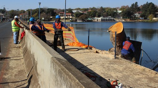 IMPROVED INFRASTRUCTURE Emmarentia dam's infrastructure is currently being rehabilitated