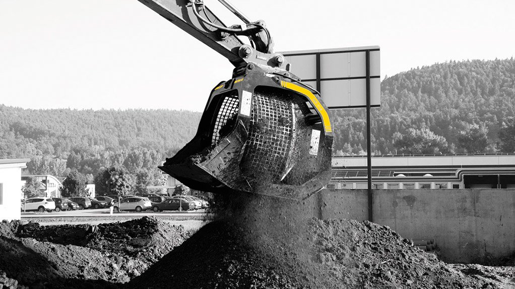 MB-S18 Screening buckets attached to the end of an excavator make light work of material screening