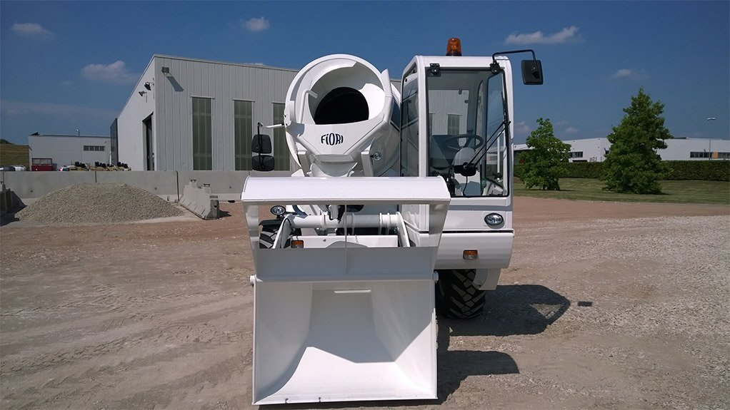 SELF-LOADING MIXER The Fiori DBX35 is a self-loading concrete mixer that offers accurate volumetric measurement without the need for additional equipment