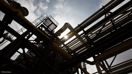 Uganda's $2.5bn crude oil refinery to start commercial production in 2018