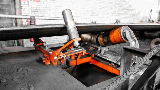 Tracking system reduces conveyor misalignment