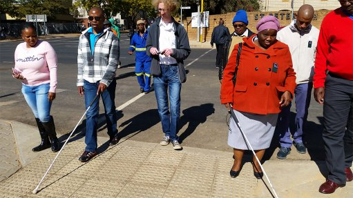 Standards deficient on systems to help visually impaired  navigate city streets
