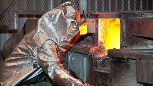 Exchange rate makes for  slightly better SA gold output