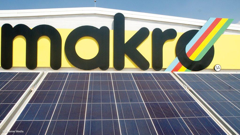 Makro store goes green