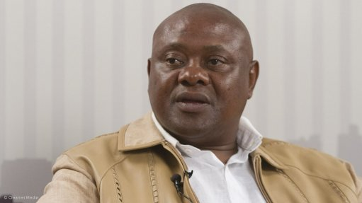 FIKILE MASHININI Ncamiso Mining's outsourcing services facilitate job creation and the eradication of illegal miners in some of the communities in which it operates