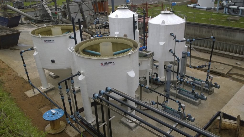 ANAEROBIC DIGESTION PILOT The trial project, which was commissioned and optimised by Veolia, aims to generate biogas from the current waste water feeds at the plant