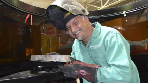 SEAN YOUNG Correct gas mix crucial for the quality and cost-effectiveness of a weld