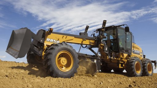 Motor grader incorporates latest technology
