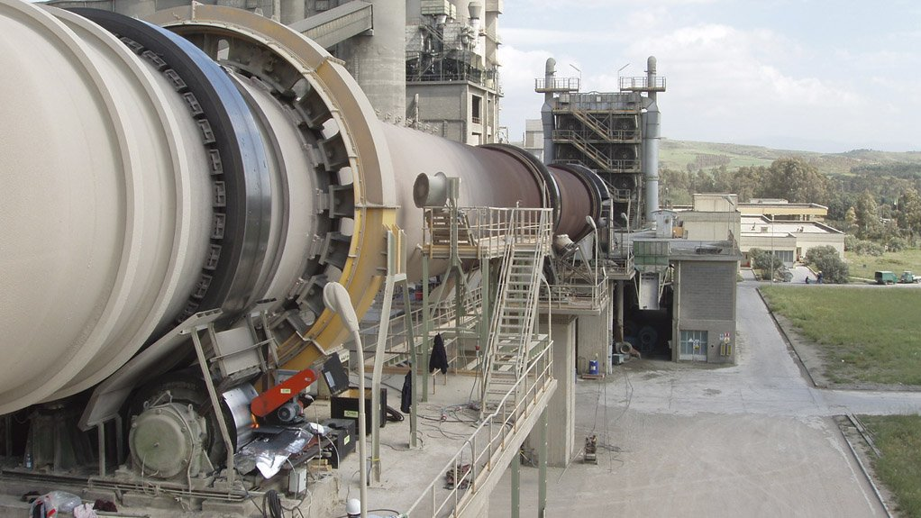 EFFICIENT OPERATION Dickinson's on-line reconditioning service eliminates inherent costs of downtime and consequential loss of production
