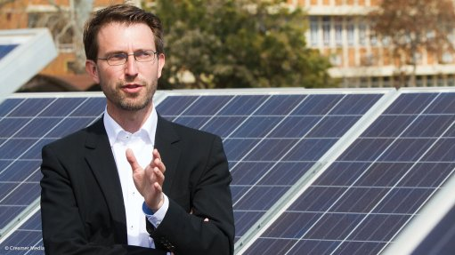 Dr Tobias Bischof-Niemz