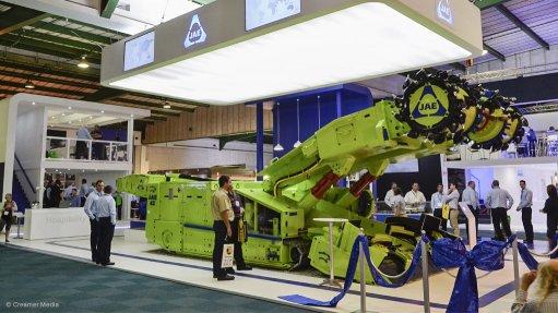 Made-in-SA continuous miner debuts at Electra Mining