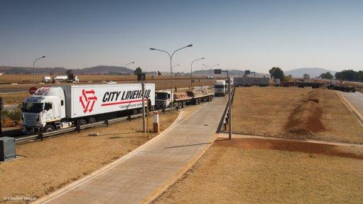 Logistics Barometer highlights paradox of local industry