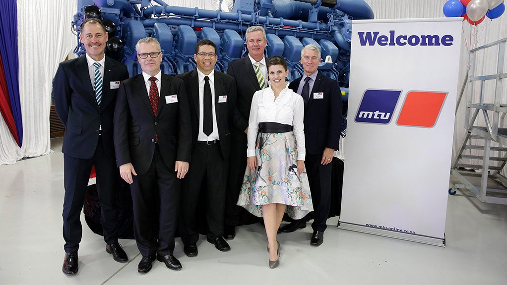 Rolls-Royce has inaugurated MTU South Africa's redesigned and upgraded facility with an official ceremony in Cape Town on 27 October 2016. From left to right: Hilton Foster (Chief Sales Officer - MTU SA), Bernd Krüper (Vice President Industrial Business MTU), Raoul Abrahamse (Chief Financial Officer MTU SA); Simon Noome (Chief Operations Officer MTU SA), Andrea Nono (Chief Executive Officer MTU SA) and Mike Ferris (Director Network & Distribution EMEAR MTU)