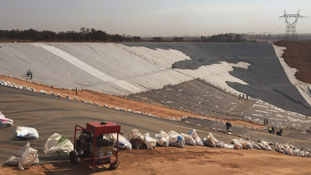 CHEMICAL-BINDER-FREE PRODUCTS Fibertex geotextiles are well suited to installation in areas where the textile might come into contact with alkaline rich waste materials