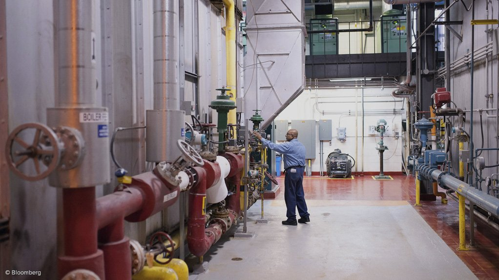TRANSFORMING INDUSTRIES  The Industrial Efficiency Conference aims to guide industries in energy, water and waste efficiency