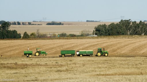 Agriculture outlook positive, says Gordhan