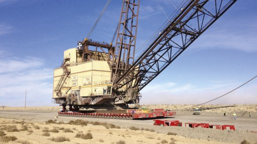 Opencast mine equipment relocation method saves costs, time
