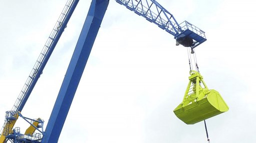DUST CONTROL The grab discharge cycle includes transferring materials down the line using handling systems
