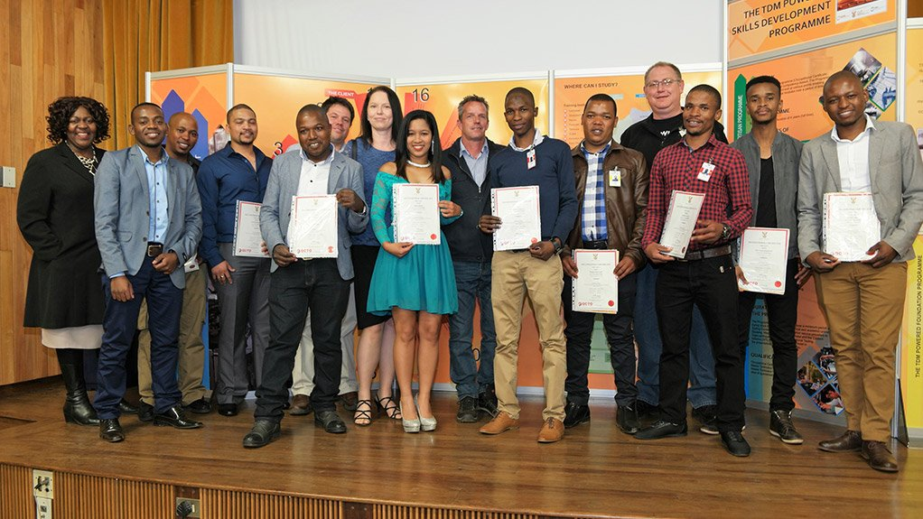 SEAL OF APPROVAL The first cohort of graduates received their red-seal toolmaker occupational certificates last month