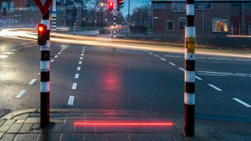 The Netherlands trials pavement traffic light system for smartphone users